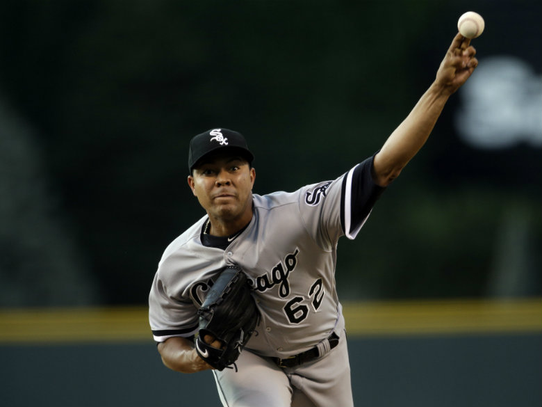 Cubs acquire Quintana in blockbuster trade with White Sox