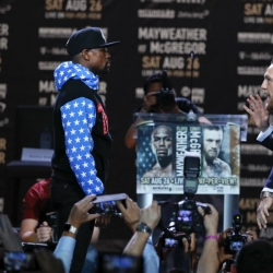 Mayweather, McGregor smack tour only free thing for fans