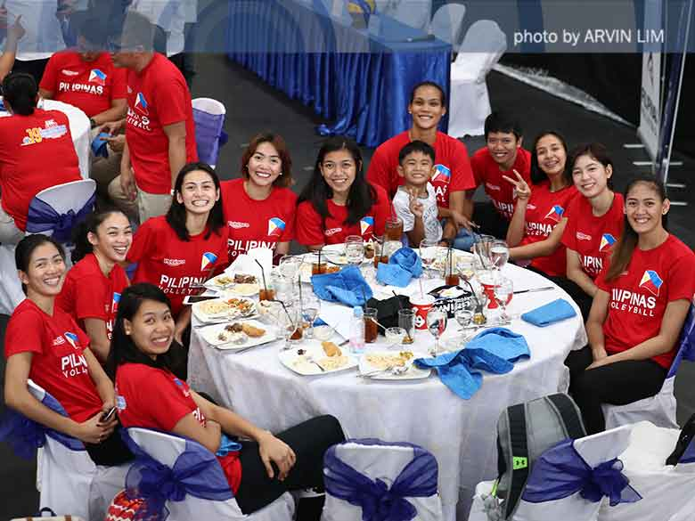 Pinay spikers fly to Japan for a 17-day training camp Monday