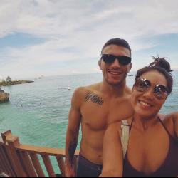 Angela Lee's boyfriend surprises her with trip to Cebu