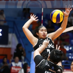 Spikers, Lady Maroons fight to keep semis hopes alive
