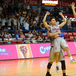 Salado saves the day for Arellano in overtime against JRU