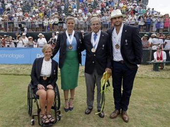 Roddick, Clijsters among Tennis Hall of Fame inductees
