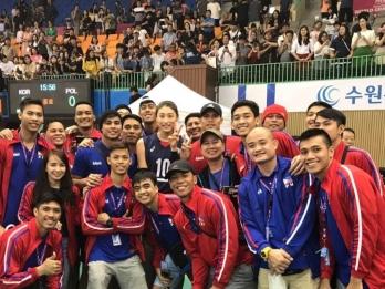 Pinoy spikers meet KYK