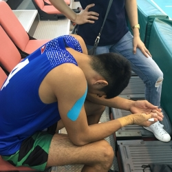 Dolor fractures left pinky, will return to Manila on Friday