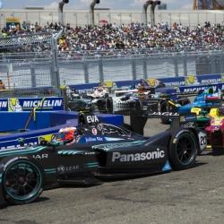 Formula E sees brighter future as Mercedes, Porsche sign up