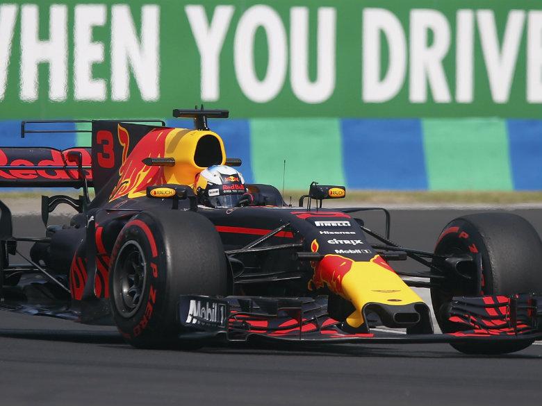 Vettel delights in proving Ferrari critics wrong