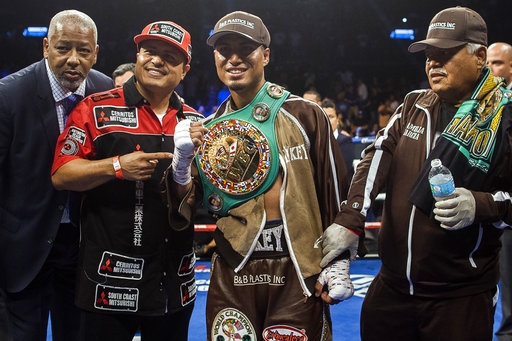 Mikey Garcia flashes dominance in unanimous decision win over Adrien Broner