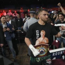Vasyl Lomachenko finds peace, focus in California training