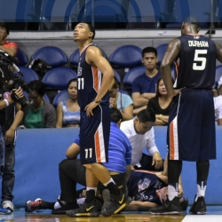 Hodge injury only bummer in Meralco's perfect outing