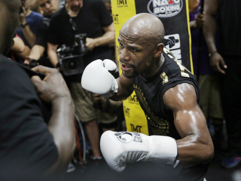 Mayweather promoter tired of talk about ticket sales