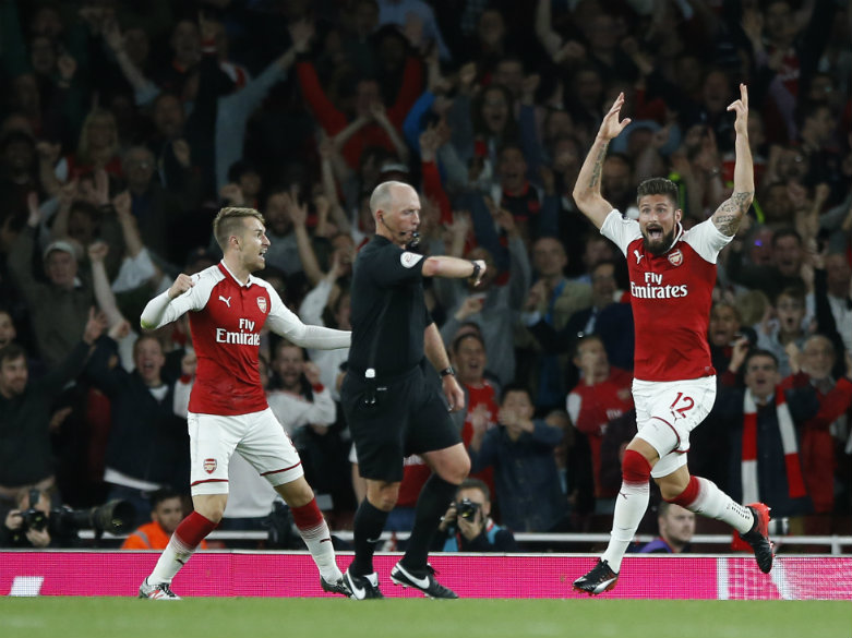 Giroud rescues Arsenal to seal 4-3 opening win vs Leicester