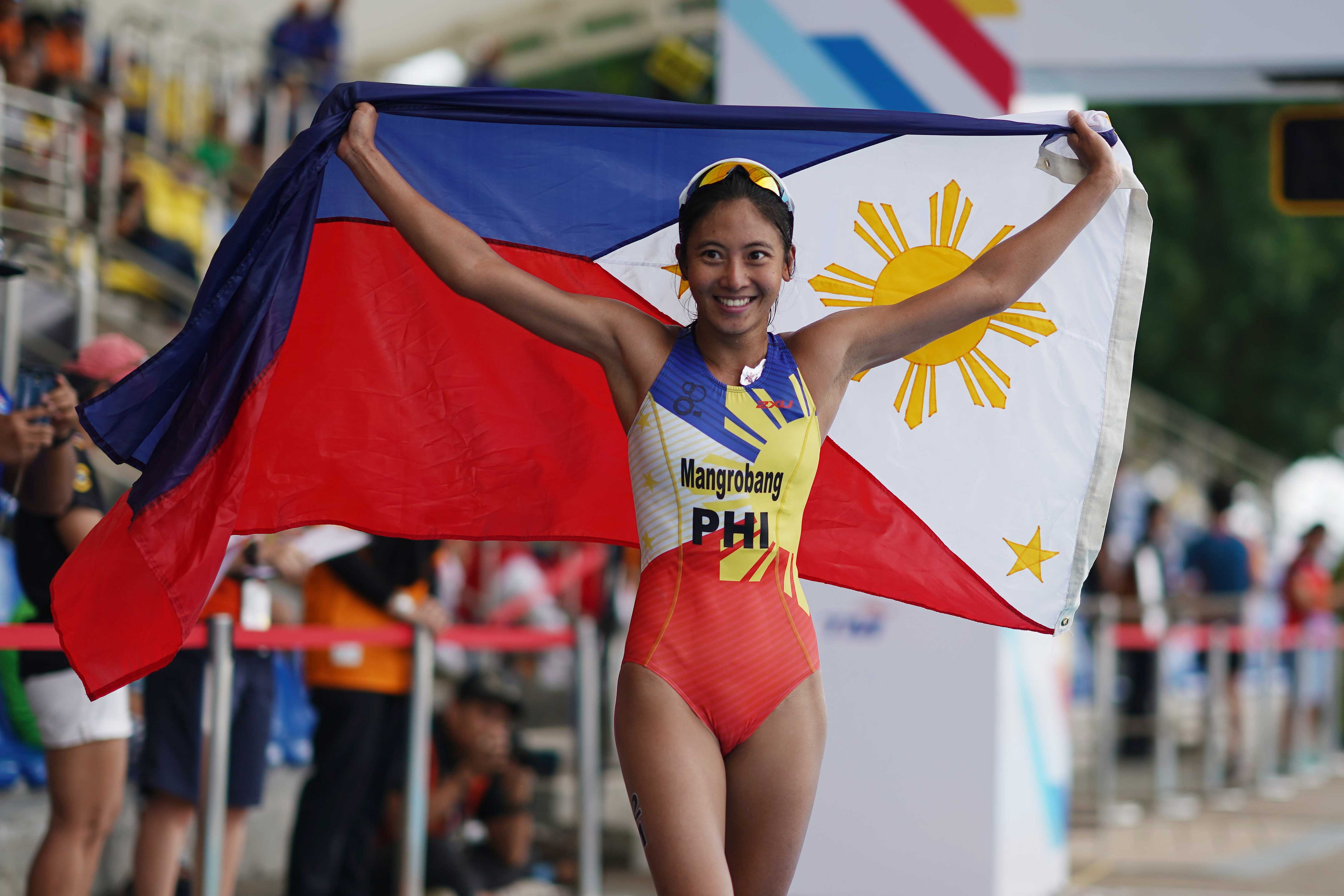 PH sweeps golds in SEA Games triathlon