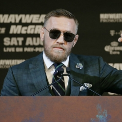McGregor has boxing skill, but enough to beat Mayweather?
