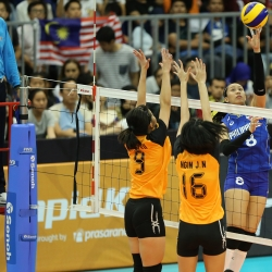 Pinay spikers sweep Malaysia in SEA Games opener