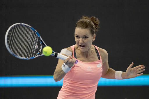 Radwanska keeps title defence alive with semi-final berth