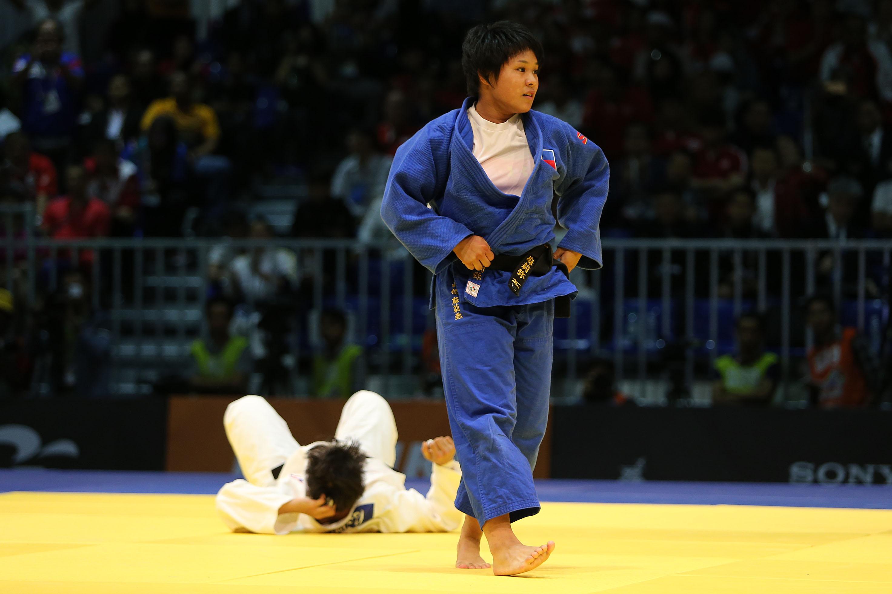 Takahashi eyes Olympics