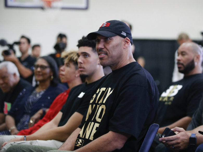 LaVar Ball, family to star in reality show on Facebook