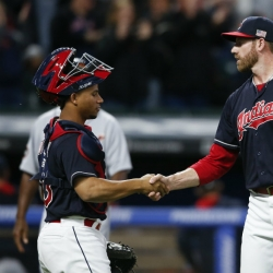 Indians extend win streak to 19 with victory over Detroit