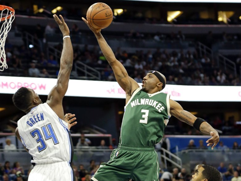 Bucks re-sign veteran guard Jason Terry
