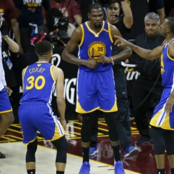 30 teams in 30 days: Warriors stock up for another title run