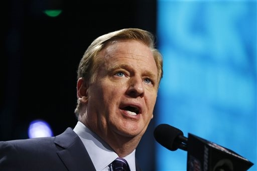 Goodell met with owners and players on anthem