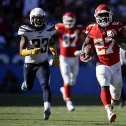 Chiefs running back Kareem Hunt turns into second-half star