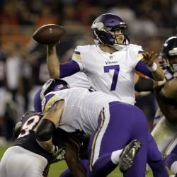 Keenum leads 3 scoring drives, Vikings beat Bears 20-17