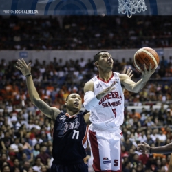 Gin Kings ride big fourth-quarter run to go up 2-0