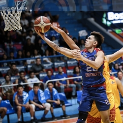 Chiefs secure playoff for last semis berth