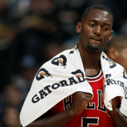 Bulls suspend Portis 8 games for injuring Mirotic