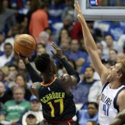 Hawks, Schroder spoil Smith's debut, top Mavericks 117-111