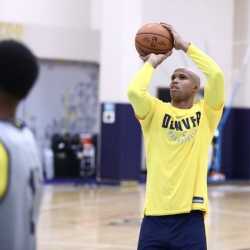 Nuggets sign Richard Jefferson, waive Jameer Nelson