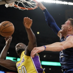 Deflated Ball: Blake gets 29 in Clips' 108-92 rout of Lakers