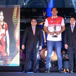 June Mar gives late shoutout to his parents after 4th MVP