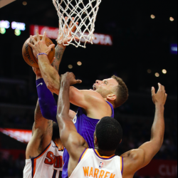 Griffin, Beverley lead Clippers in rout over Suns