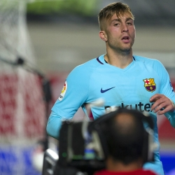 Deulofeu leads Barcelona to 3-0 win at Murcia in Copa