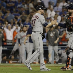 Astros' World Series run lifts Houston amid Harvey recovery