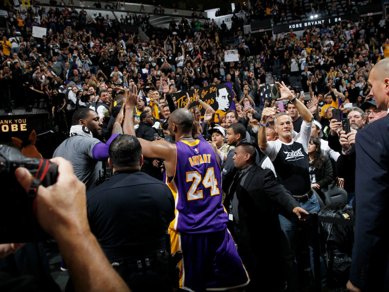 Kobe wants Jordan or Jackson for Hall of Fame induction