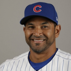 AP source: Nationals, Dave Martinez agree to managerial deal