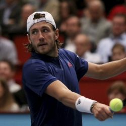 Pouille beats Tsonga in Vienna final for 3rd title of season
