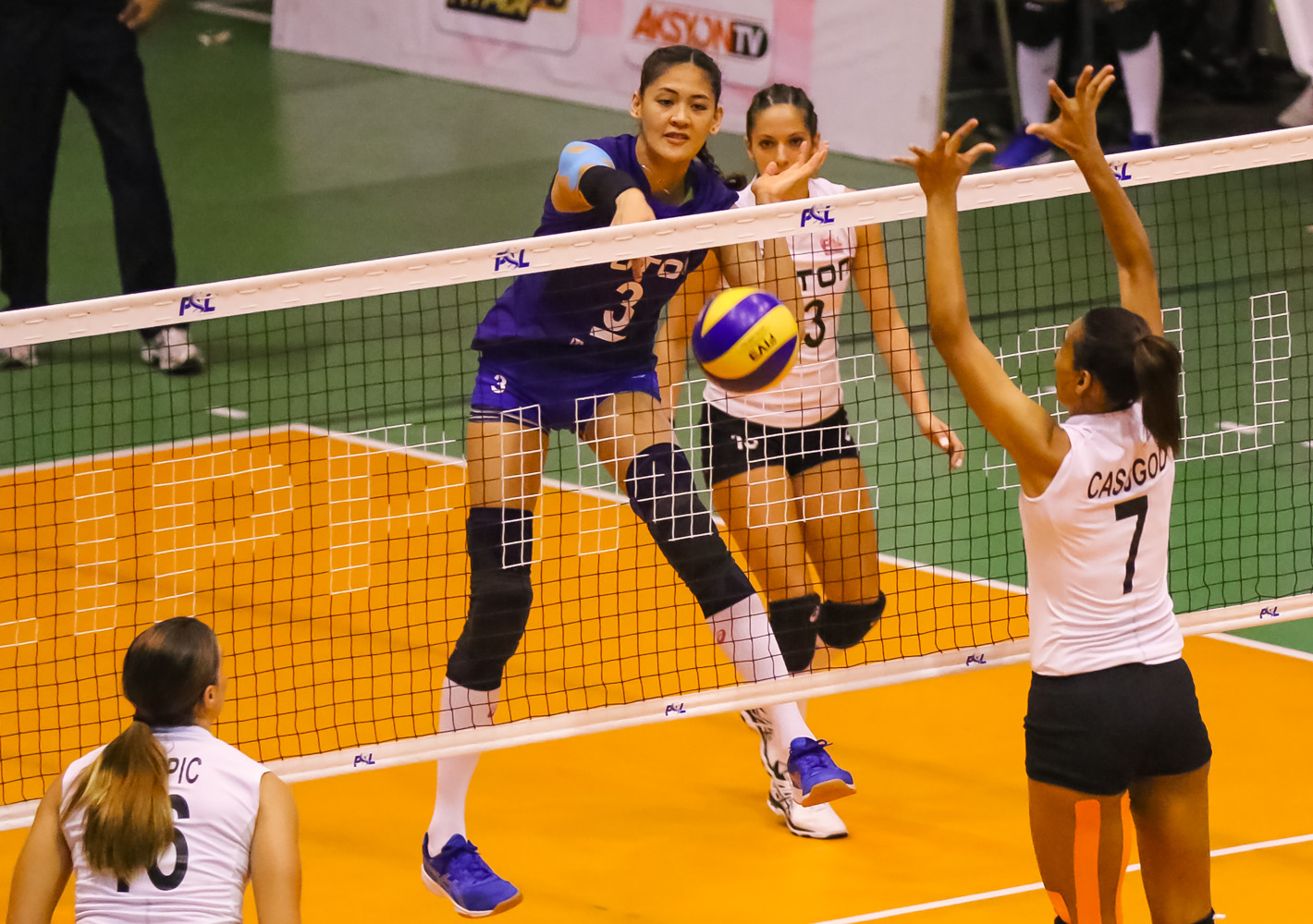 Foton sweeps Generika-Ayala for third straight win