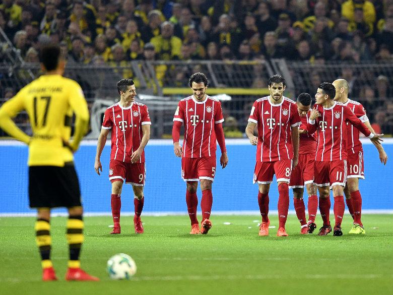 Bayern beats Dortmund away to go further clear in Bundesliga