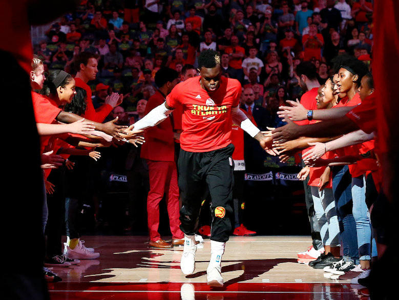 Schroder, Hawks end 8-game skid, beat Cavaliers 117-115