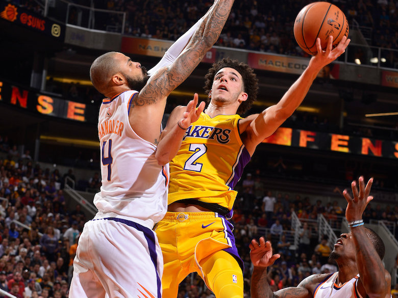 Young, talented roster giving Lakers glimpses of hope