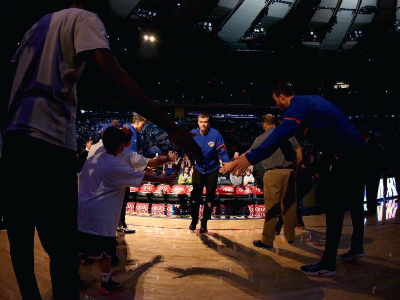 Porzingis hits tiebreaking 3, Knicks beat Hornets 118-113