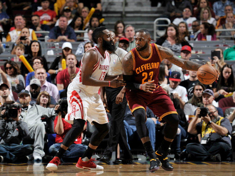 Harden's triple-double leads Rockets over Cavs 117-113