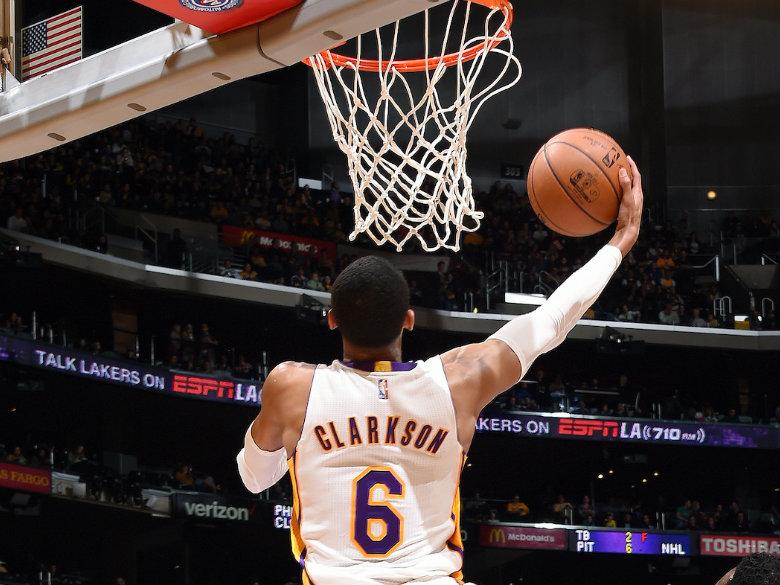 Clarkson scores 25, Lakers beat Suns 100-93