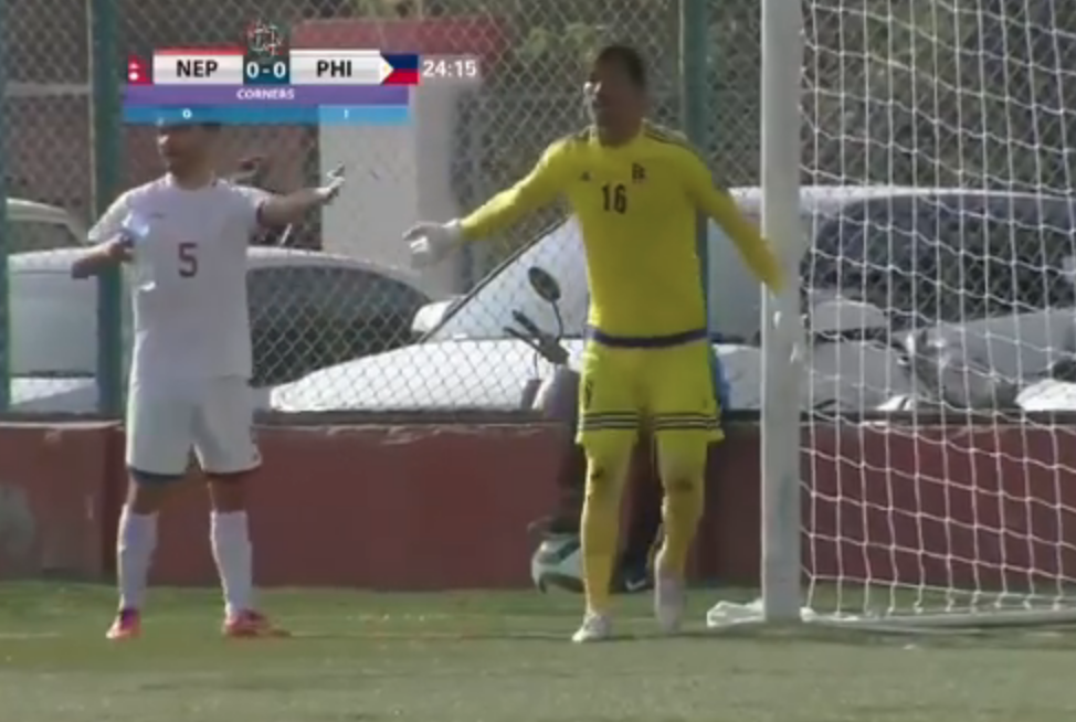WATCH: Mike Ott drinks out of Nepalese goalie's water bottle