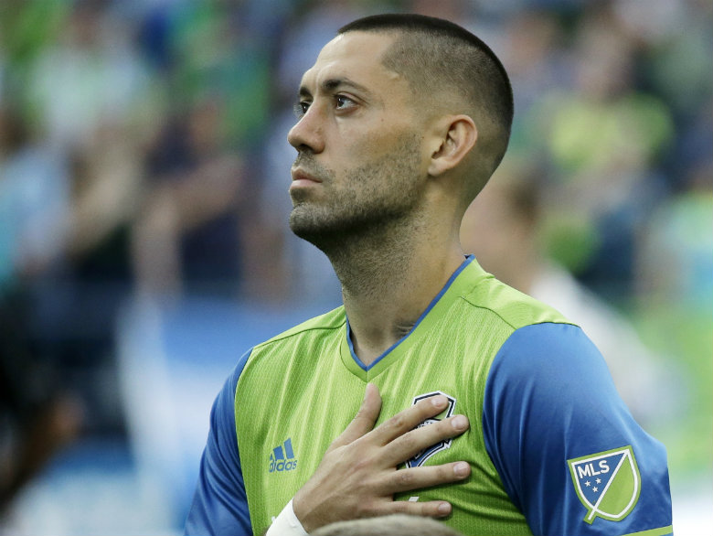 Dempsey, Sounders agree to one-year deal